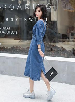 MWD9033 V领风衣款牛仔连衣裙(停产)