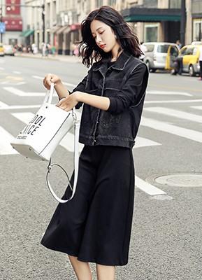 MW9303B 印花牛仔马甲+连衣裙两件套